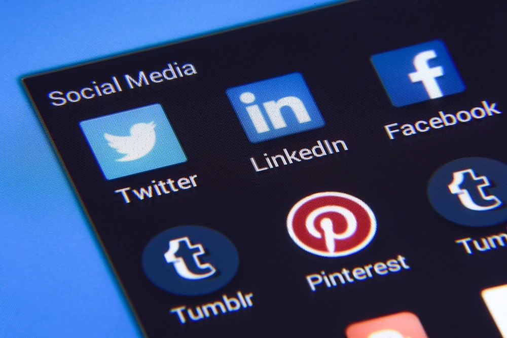 social media icons phone