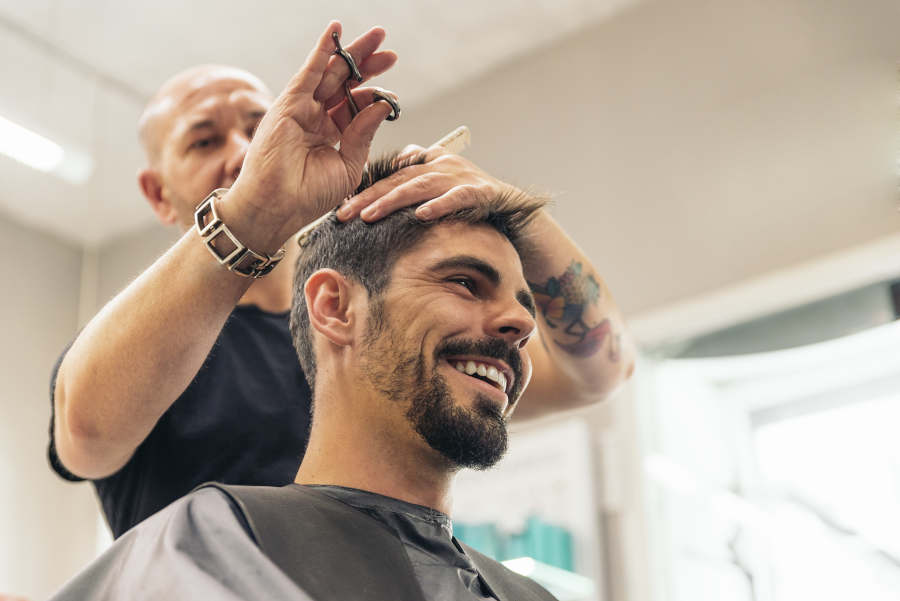 Become a hairdresser, make up artist or hairdresser