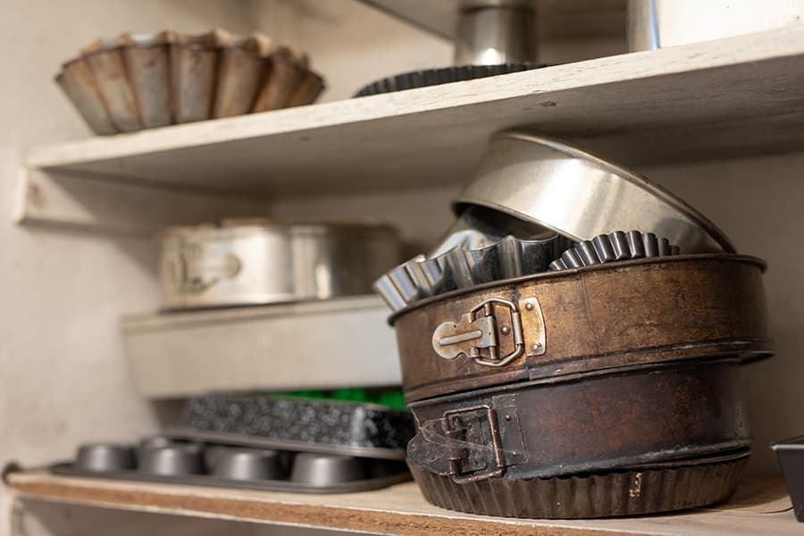 turn cake pans into a tiered organiser